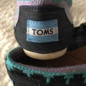 Tom's classic Wool Knit Slip Ons Size 7.5